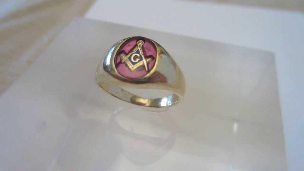 14Kt Gold Masonic Ring
