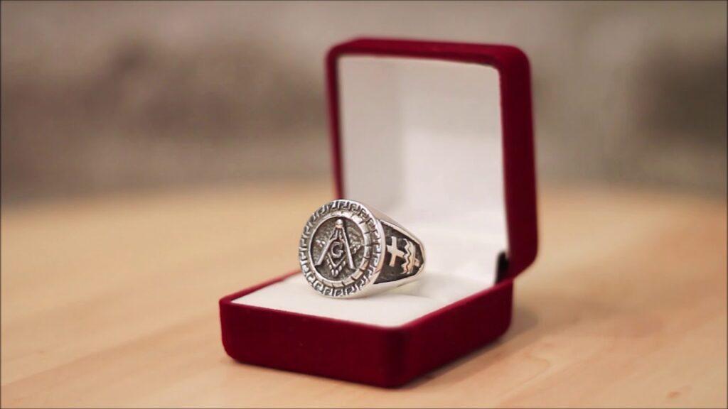 Silver Masonic Ring Freemason Knights Templar Ring Cross and Crown